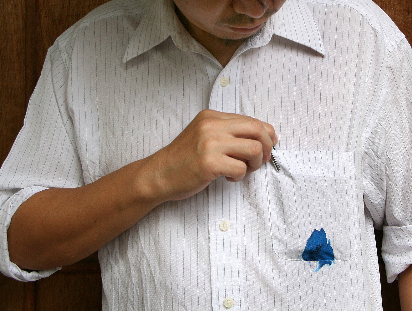 Ever wondered why ballpoint pens leak inside your pockets for Remove pen stain from shirt